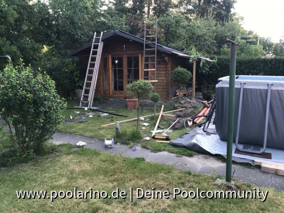 Solarabsorber auf das Dach bugsieren