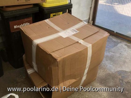 Die ersten Pakete treffen ein...